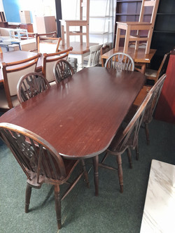 """DARK OAK DINING TABLE AND SIX CHAIRS 66"""" X 33"""" £95"""