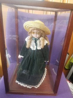 """ALBERON PORCELAIN DOLL PERFECT CONDITION IN CASE DOLL MEASURES 15"""" HIGH BOX MEASURES 17"""" HIGH X 10.5"""