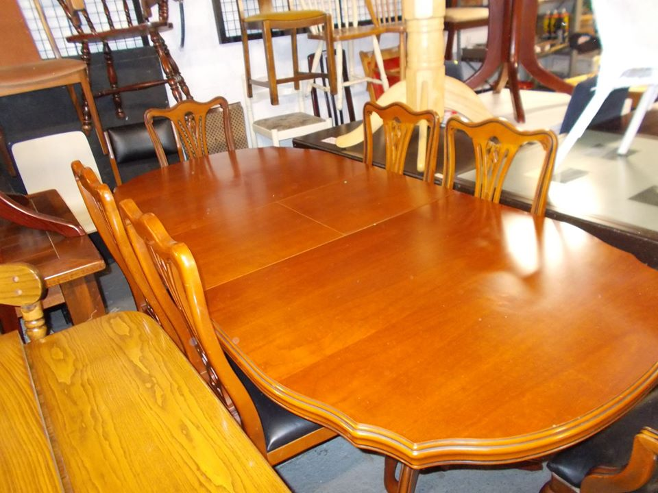 CHERRY WOOD TABLE AND 8 CHAIRS £160