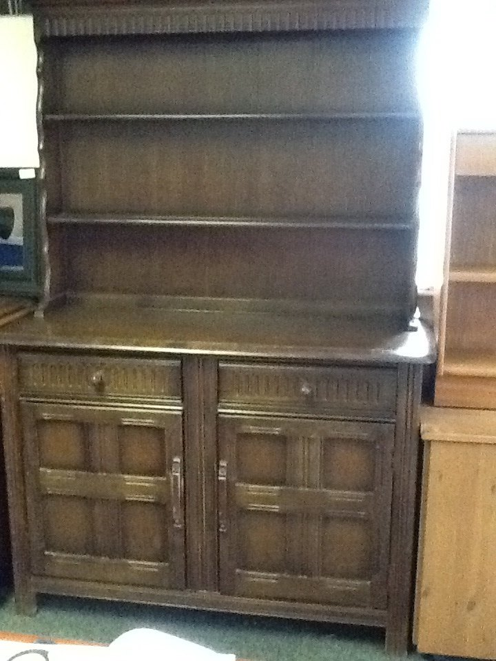 OAK WELSH DRESSER £95