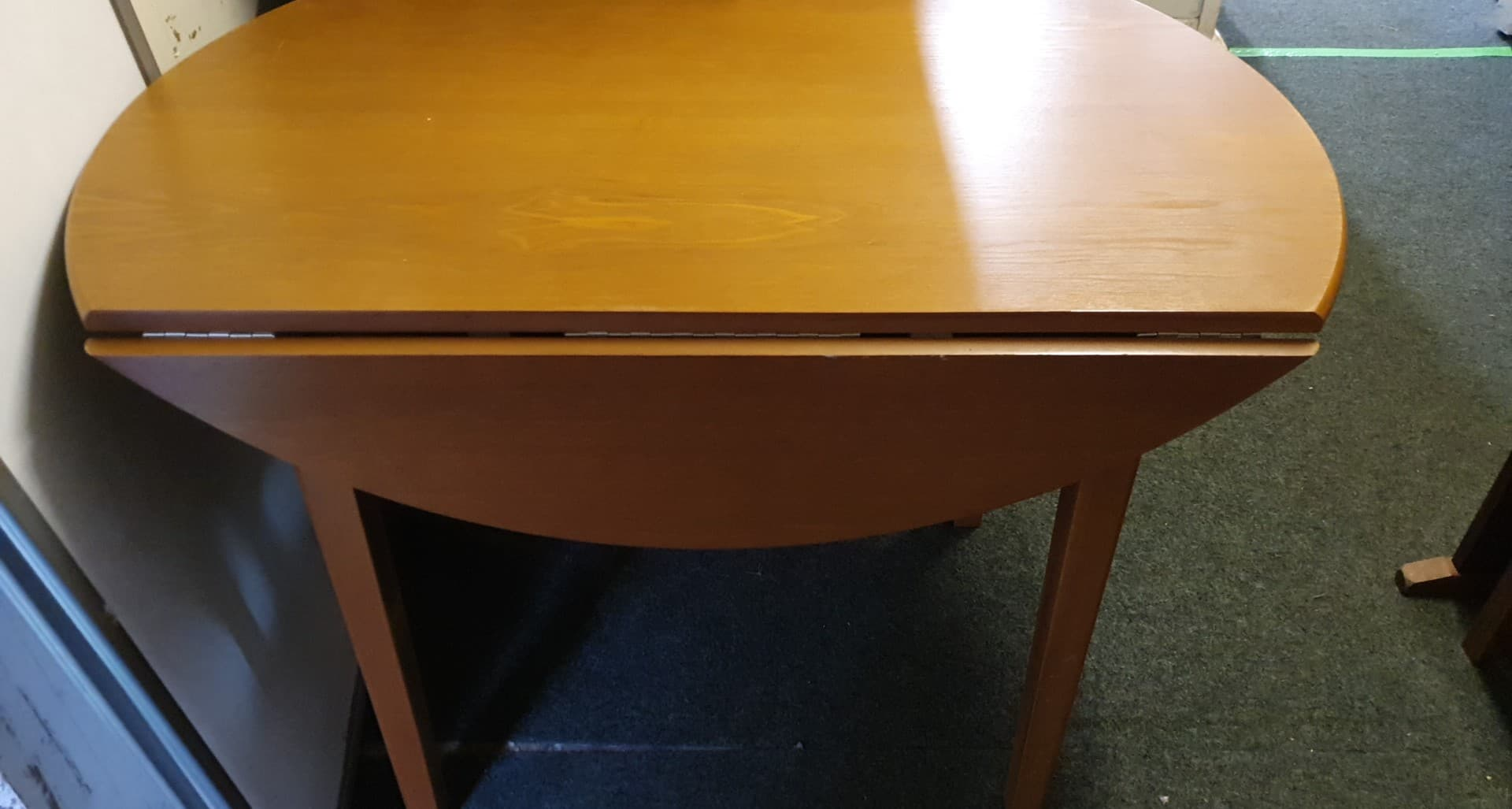 DROP LEAF TABLE £35
