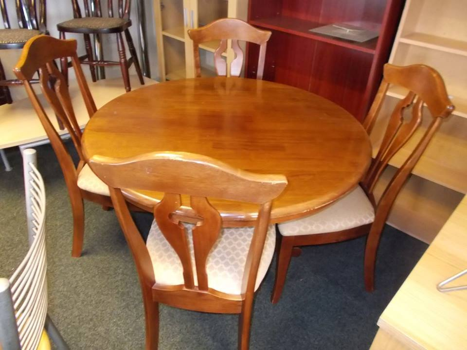 TABLE AND CHAIRS £95