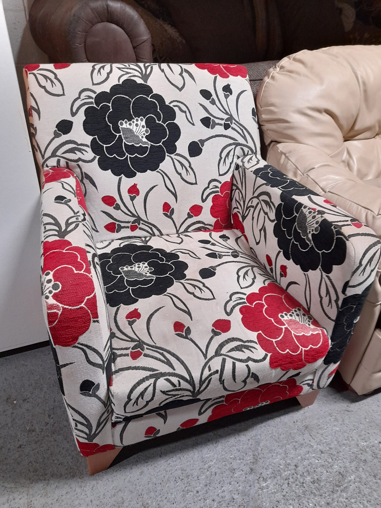 ACCENT CHAIR £45