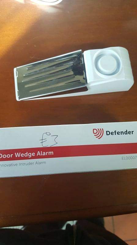 DOOR WEDGE ALARM £3