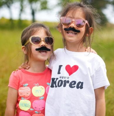 Mustaches-in-a-field-13.jpg