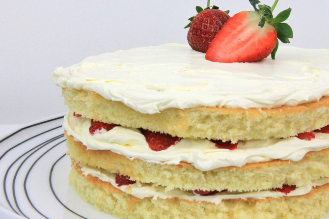 Recipe Testing Tuesdays: Sweet Valentine Light Sponge Cake