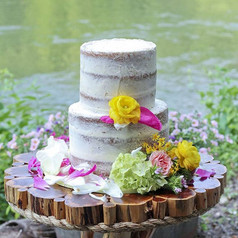 A naked wedding cake I made recently for a styled phohoshoot..jpg