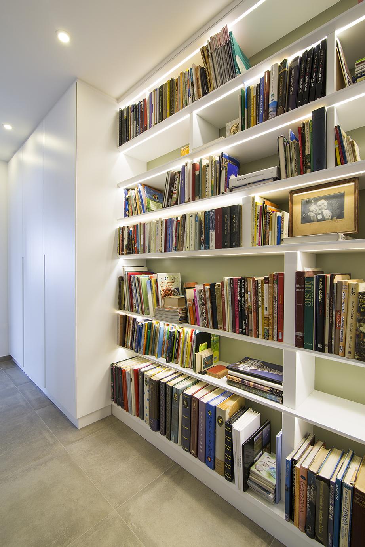 ספריה במסדרון - יוניק דברים מיוחדים (3).