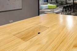 שולחן ישיבות   מעבר כבלים
