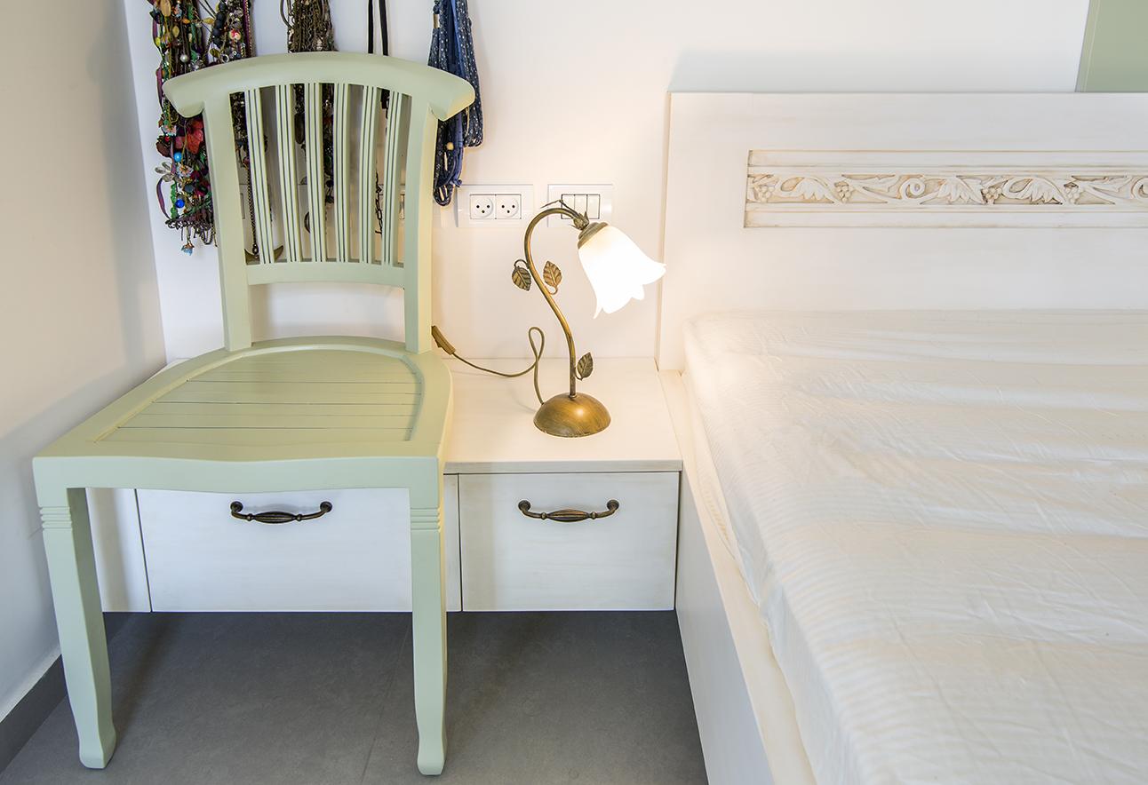 צד מיטה | כיסא
