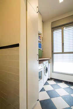 ארונות שירות חדר אמבטיה - יוניק דברים מיוחדים 1