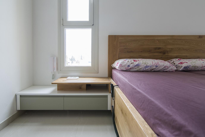 מיטה | צידי מיטה