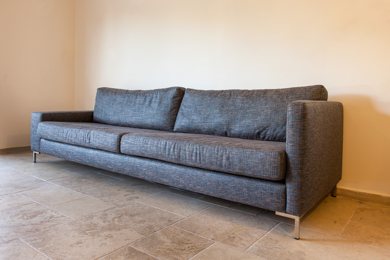 ספה בהתאמה אישית - יוניק דברים מיוחדים 2