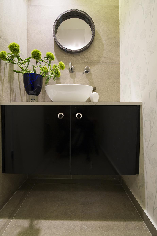 שידת אמבט