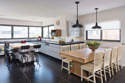 ייצור עבודות נגרות - בית בתל-אביב (6)