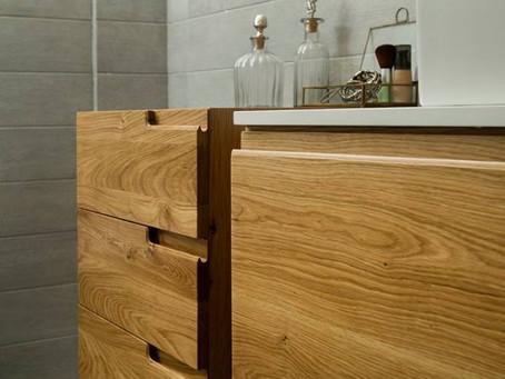 פריטים עשויים עץ לחדר אמבטיה  ולסלון