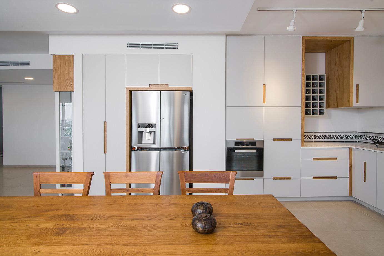 מטבח מודרני | חיפוי עץ