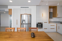 מטבח מודרני | בשילוב עץ