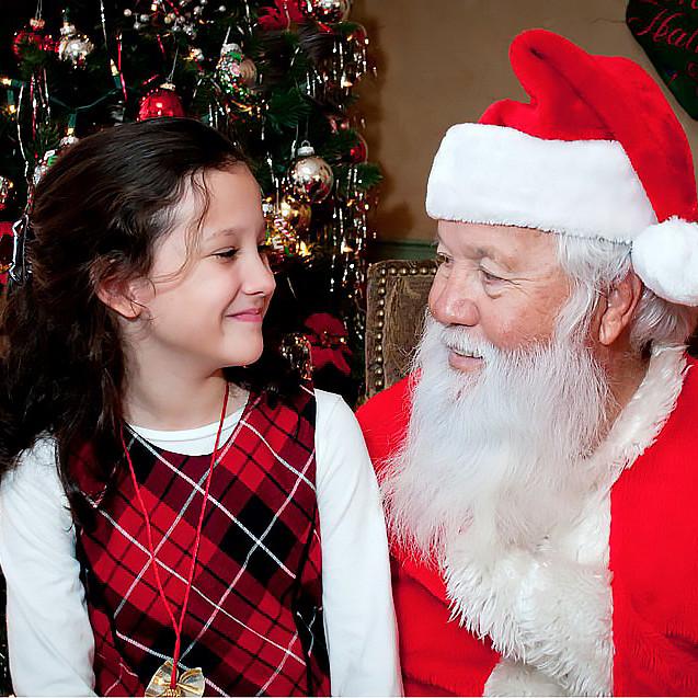 Photos with Santa Mini Sessions