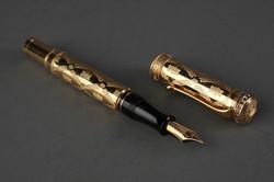ゴールド万年筆