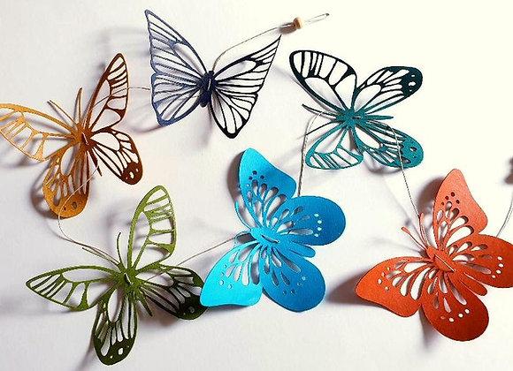 Guirlande de papillons en dentelle colorées en papier Cartonné Recyclé