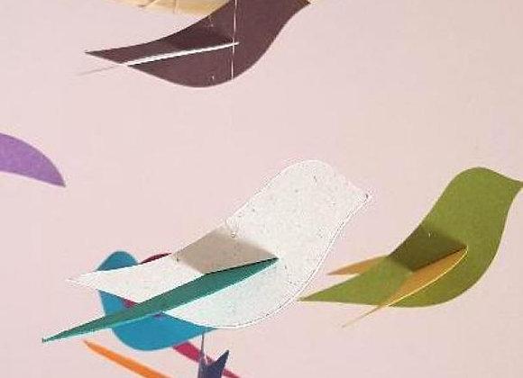 Mobile - 6 oiseaux arc en ciel et cercle en bois