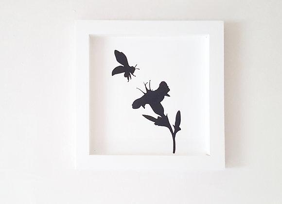 Cadre blanc en bois  25 x 25 cm - L'abeille et la fleur