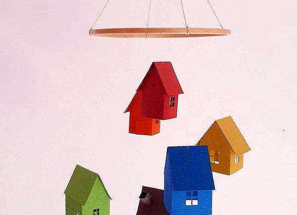 Mobile 6 maisons en papier cartonné recyclé et cercle en bois 25cm