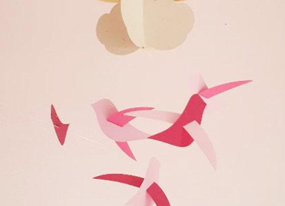 Mobile bébé - 5 oiseaux rose et framboise et nuage