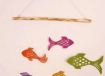 Mobile mural des poissons en papier cartonné recyclé