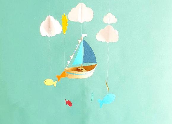 Mobile bébé 25x60cm Bateau et nuages en papier Eco responsable