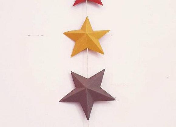 Guirlande aux 6 étoiles colorées en papier cartonné recyclé