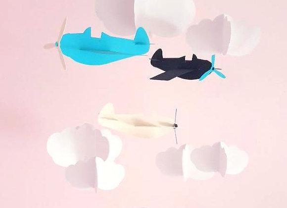 Mobile avions bleu et nuages en papier cartonné recyclé