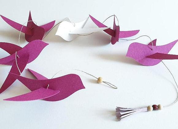 Guirlande en papier cartonné recyclé et ses oiseaux Ivoire et Rose