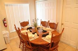 leahy dining