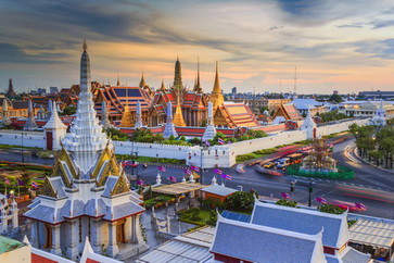 The Grand Palace once lived in by Kings is courtyards of countless majestic and all inspiring examples of exquisite Royal architecture through the millennia...