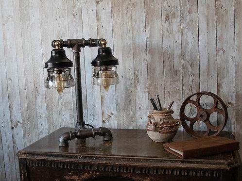 Dual Insulator Lamp