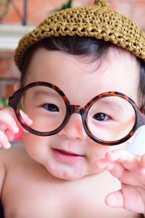 ダテメガネも人気アイテム♩