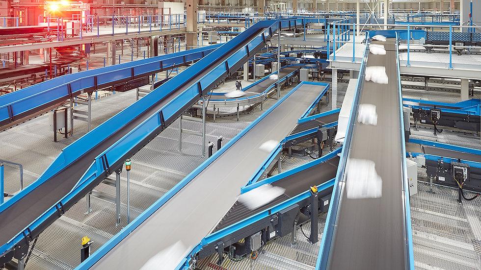 Distribuční a logistická centra