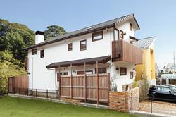 長方形の家もOh!流デザインに。長辺いっぱいにロフトが設けられている