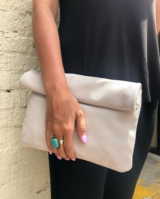 The perfect clutch for all of your essen