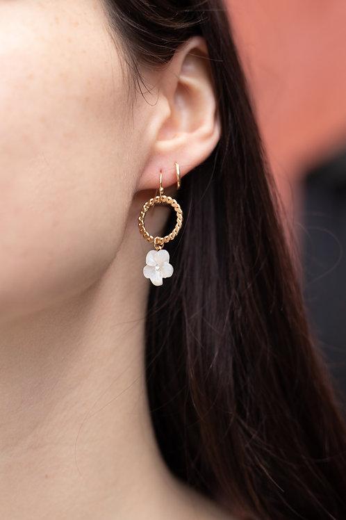Flower and Chain Dangle Earrings