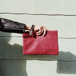 This clutch is awesome! Available in 5 colors