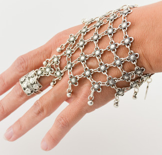 How To Wear It: Hand Chains