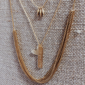 Focus On: Layering Dainty Necklaces