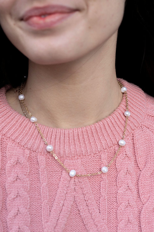 Pearl Strand Short Necklace