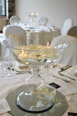 The Kimi Vase in White