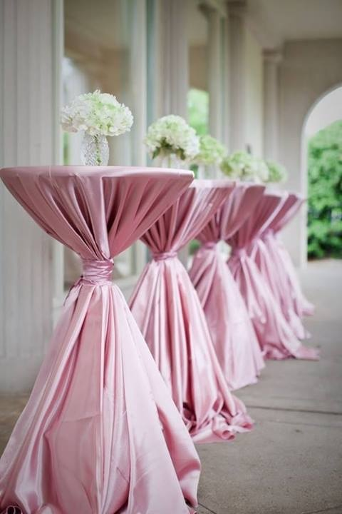 TJ Designer Weddings cocktail tables pink