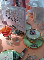 Vintage stand coverit weddings