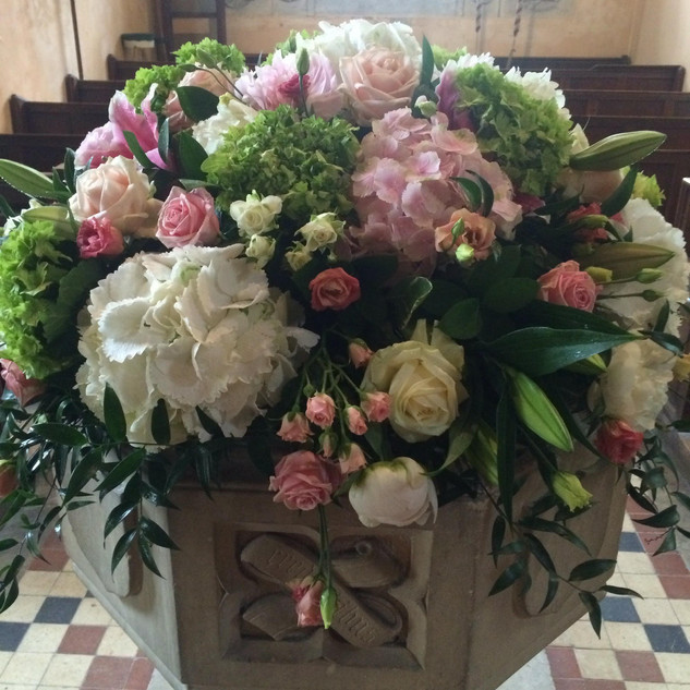 church font flowers at Braxted Park Weddings